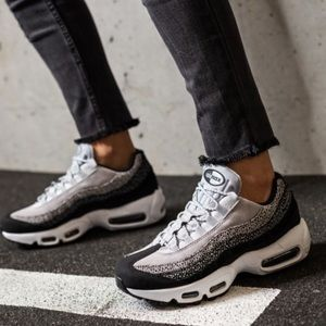 ✔️ New✔️ NIKE black Air Max 95 Premium ~ 9.5